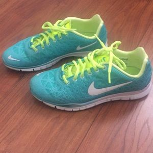 Nike Free Tr Fit 3 Breathe sneakers like new